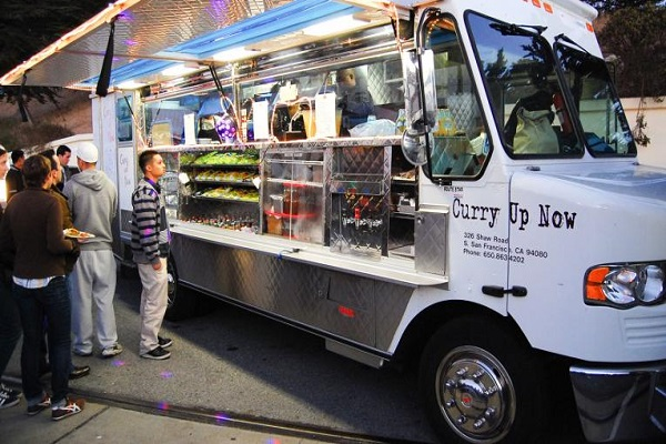flickr-todd-lappin-curry-up-now-food-truck-r-enternews-1621090173