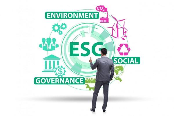 esg-investing-scaled-enternews-1631630321